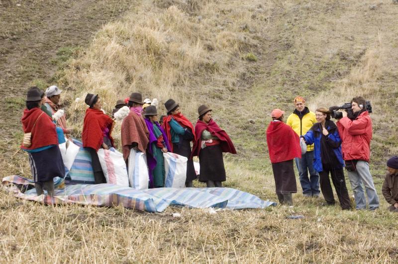 Frente de Mujeres Defensoras de la Pachamama (FMDP)